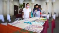 Participan 60 artesanos en Concurso de Maque y Bordado en Uruapan, Michoacán