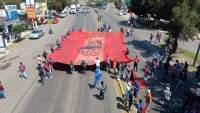 Normalistas marchan al Centro Histórico de Morelia
