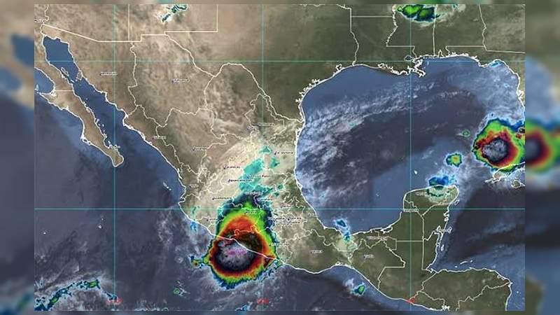 Por huracán Rick se suspenden clases en Michoacán
