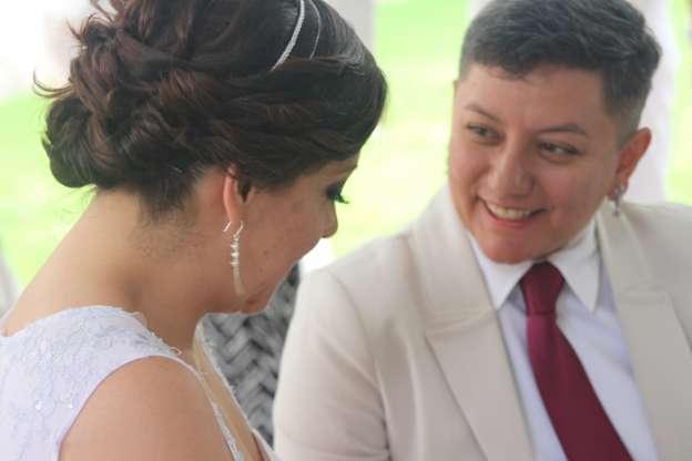 Primer Matrimonio Gay Catolico : Celebran el primer matrimonio gay en michoacán noventa