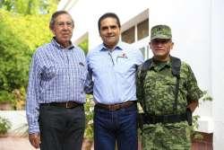 En Apatzingán se reúne Gobernador con Cuauhtémoc Cárdenas