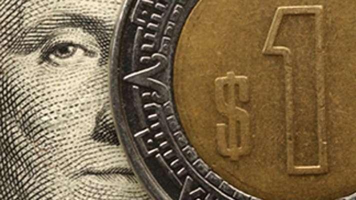 Dólar cierra en $19.07 pesos en bancos capitalinos