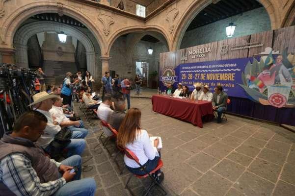 Mezcaleros michoacanos deben darse prisa para llegar a mercados internacionales: Emilio Vieyra Vargas