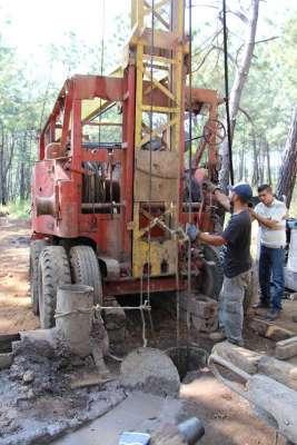 Avanza construcción de pozos profundos