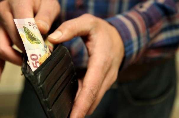 Salario mínimo aumenta 3.9 por ciento, será de 80.04 pesos diarios a partir de enero