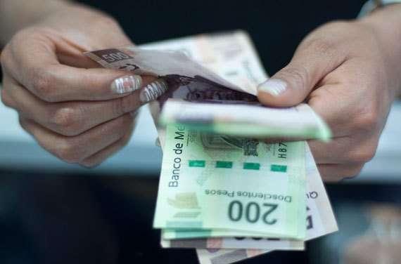 Deben centros de trabajo pagar el aguinaldo antes del 20 de diciembre: STPS