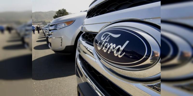 Ford recula por amenazas de Trump y cancela inversión de mil 600 mdd en México