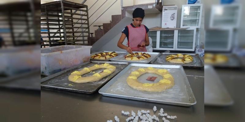 Rosca de Reyes, una tradición que no debe perderse: Oliverio Cruz