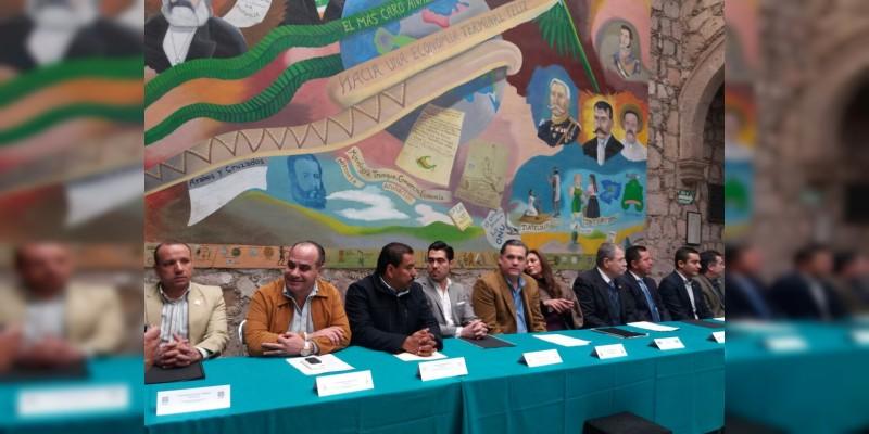 El México de políticos ricos y pueblo pobre, debe terminar: Empresarios