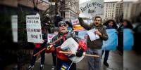 Marchan contra política migratoria de Trump en Washington
