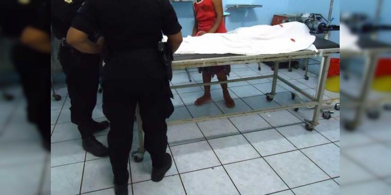 Atacan a balazos a hijo de Exalcalde apatzinguense; muere en hospital