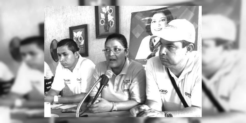 Se niega Patricia Flores, directora general de Codecom pagar servicios a su ex enlace de comunicación