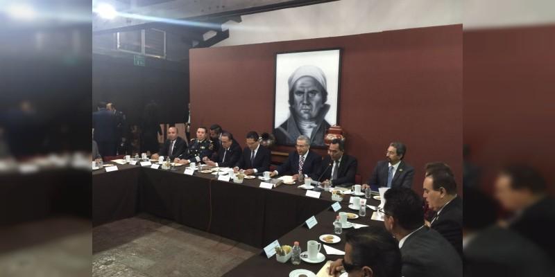 Integrada UMSNH a la Comisión Estatal de Conmemoración del Centenario de la Constitución