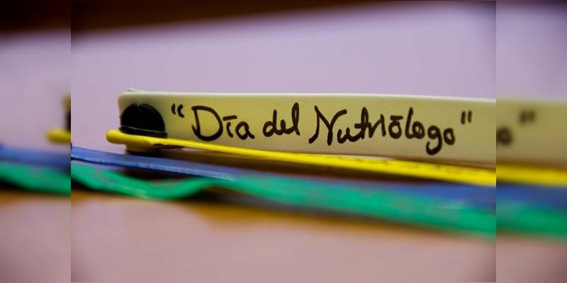 Hoy se celebra el d a del nutri logo en m xico noventa for Espectaculos del dia de hoy en mexico