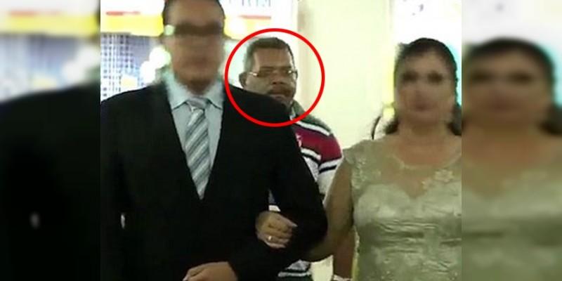 Matrimonio Simbolico En Brasil : Video dispara contra asistentes de una boda en brasil
