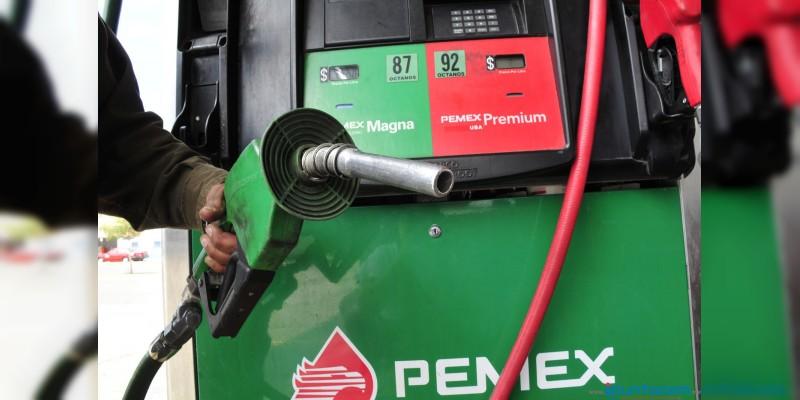 Precios de gasolinas y diésel bajan dos centavos este martes