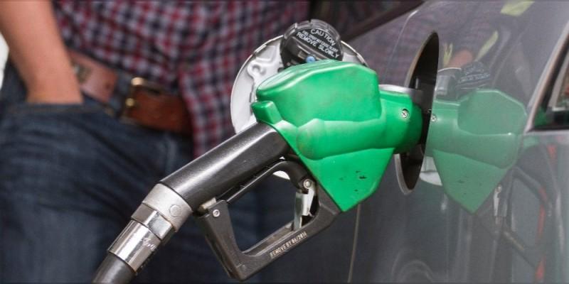 Gasolina, desde 16.46 hasta 18.23 pesos por litro