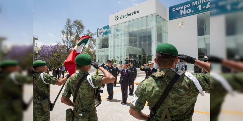 Peña Nieto condena descalificaciones a labor de las Fuerzas Armadas