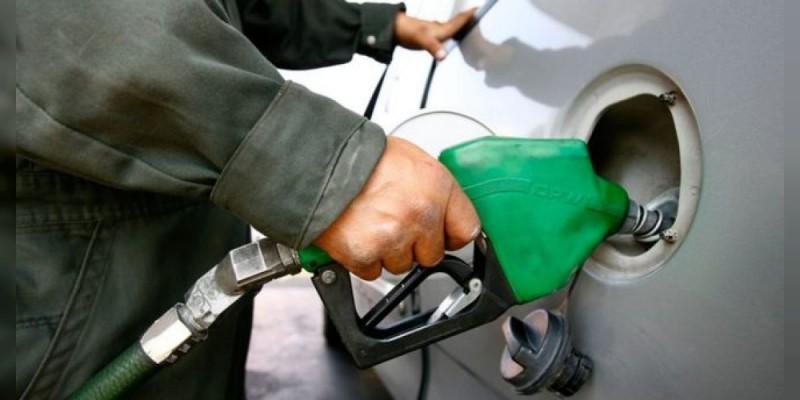 Gasolinas Magna, Premium y diésel suben un centavo este miércoles