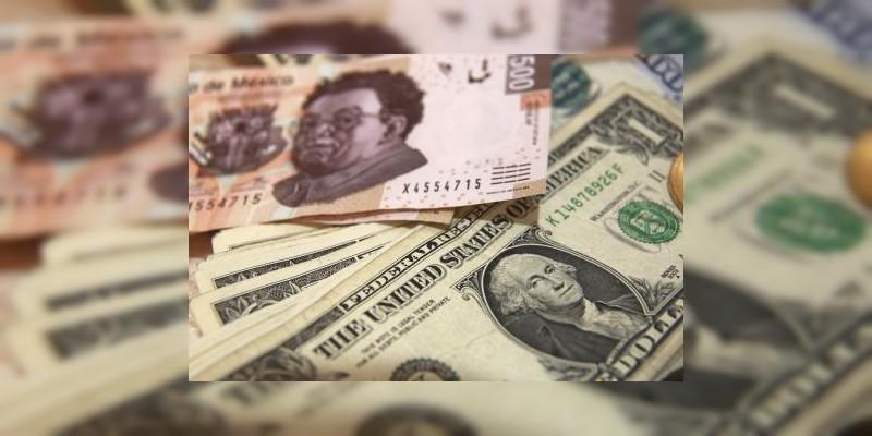 Dólar vuelve a perder frente al peso mexicano