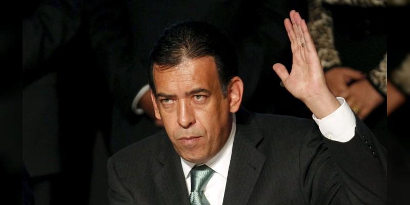 Humberto Moreira, fuera del PRI