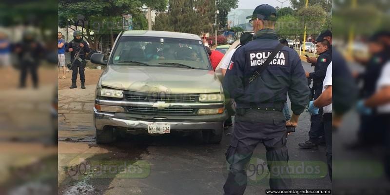 Ejecutan a sujeto frente a sus hijos en Uruapan