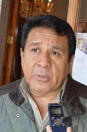 Mayor responsabilidad de ediles y autoridades sanitarias para enfrentar brote de chikungunya: Salomón Rosales