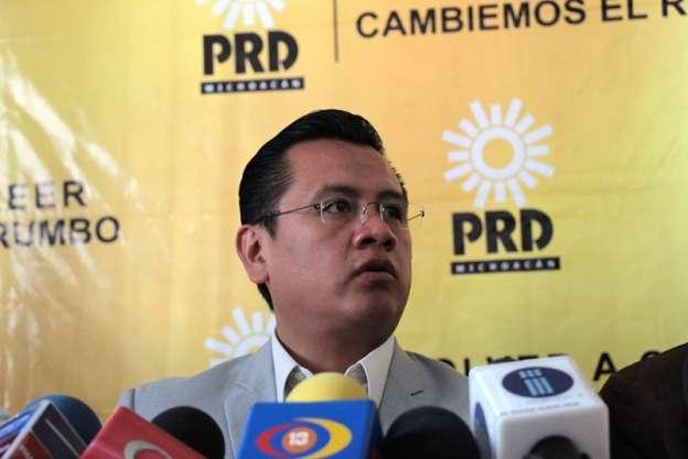 Lamenta Carlos Torres Piña aumento de la pobreza en Michoacán