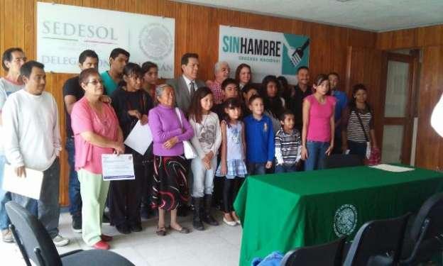 Busca SEDESOL registrar a huérfanos en programa de pensiones para jefas de familia
