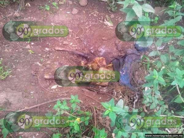 Localizan osamenta humana semienterrada en Tzintzuntan, Michaocán