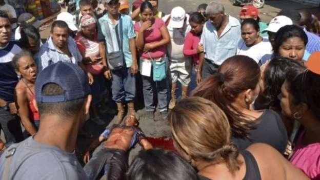 Saqueo a comercio en Venezuela deja un muerto y 27 detenidos