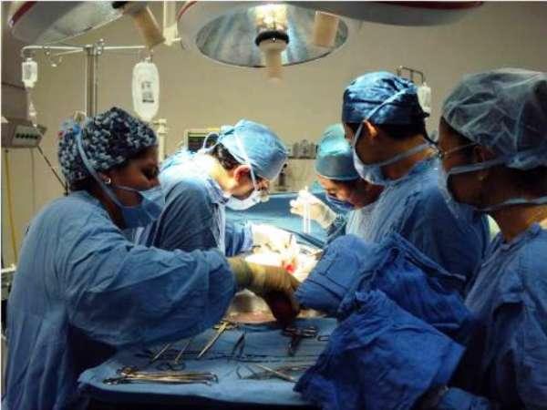 Se benefician con trasplantes de riñón dos pacientes del Hospital de la Mujer
