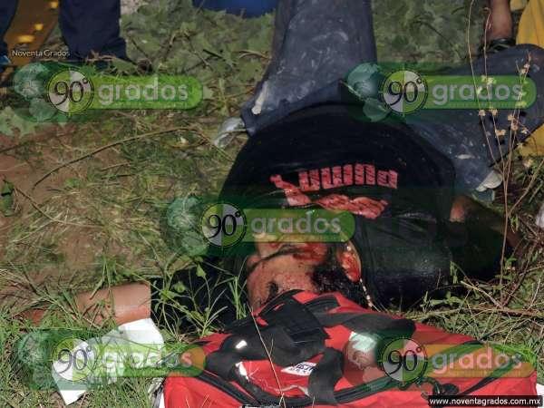 Tres heridos tras volcadura, en Lázaro Cárdenas, Michoacán