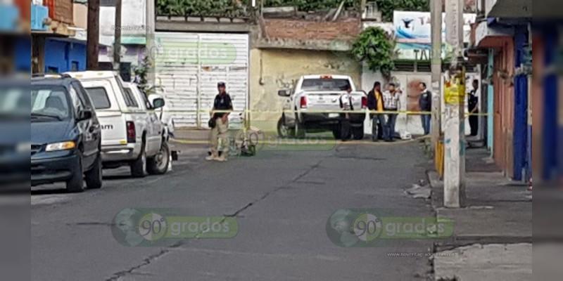 Morelia: Desquiciado sujeto mata a machetazos a una mujer
