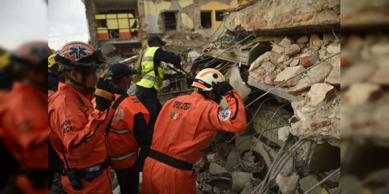 Hermanitos mueren abrazados durante terremoto en México