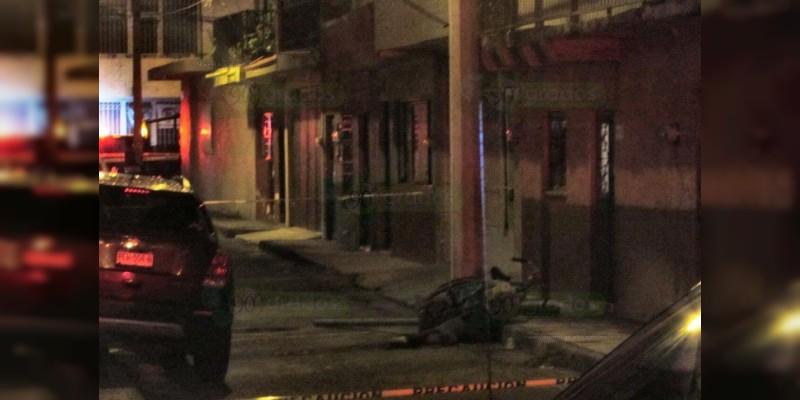 Asesinan a joven en la vía pública en Zamora