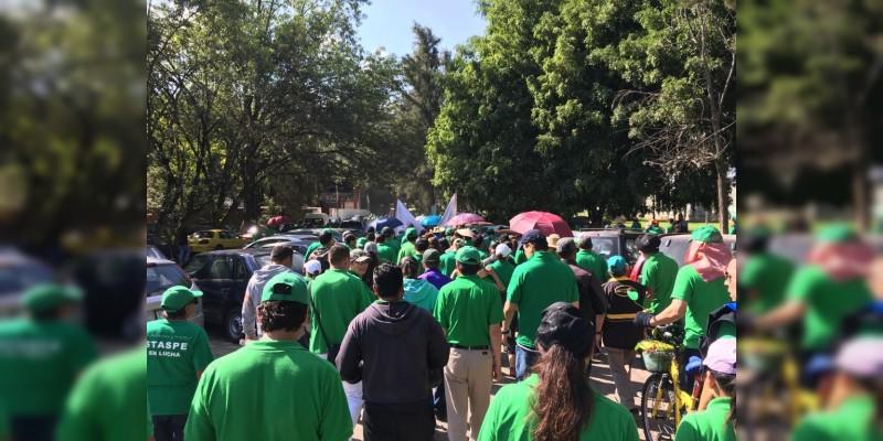 Apunto de iniciar marcha de la CNTE y Staspe