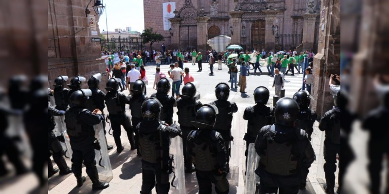 Ante riesgo de créditos y pensiones, sindicatos de los tres poderes y CNTE piden orden en la Dirección de Pensiones Civiles