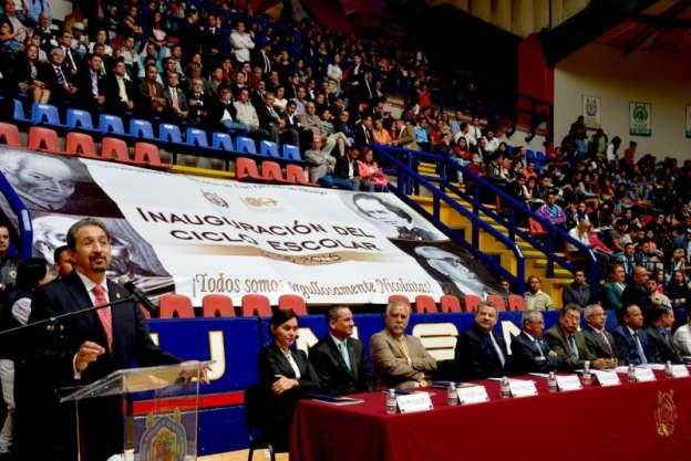 Arranca ciclo escolar 2015-2016 en la Universidad Michoacana de San Nicolás de Hidalgo