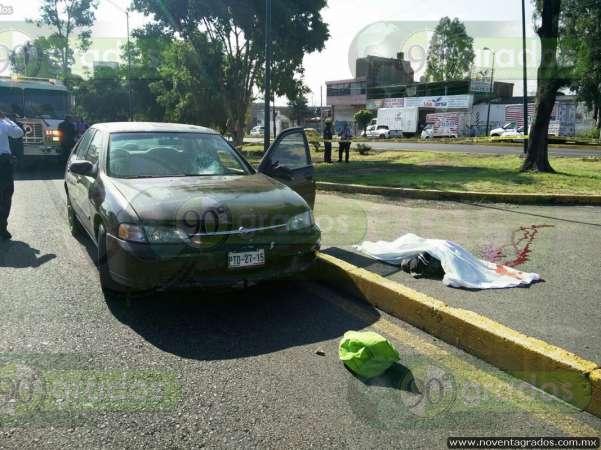 Atropellan y matan a persona de la tercera edad en Morelia; responsable se da a la fuga