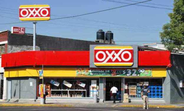 Asaltan tienda de autoservicio en Uruapan, Michoacán