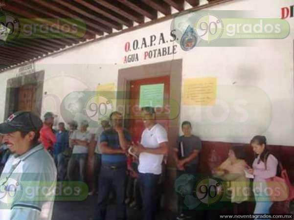 Habitantes de Pátzcuaro, sin agua todo el fin de semana por deuda con sindicalizados