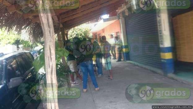 Localizan a hombre degollado al interior de domicilio, en Lázaro Cárdenas, Michoacán