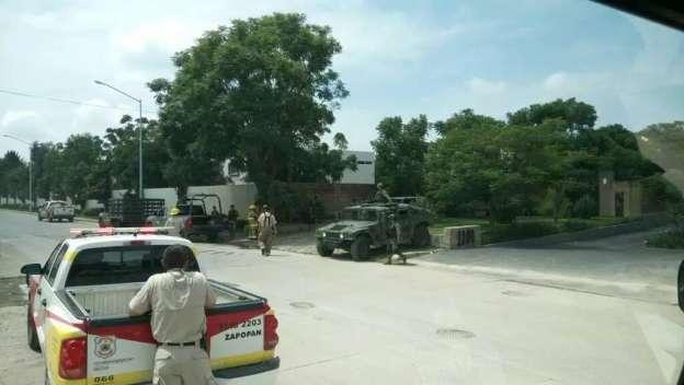 Se desploma avioneta militar en Zapopan, Jalisco; hay dos heridos