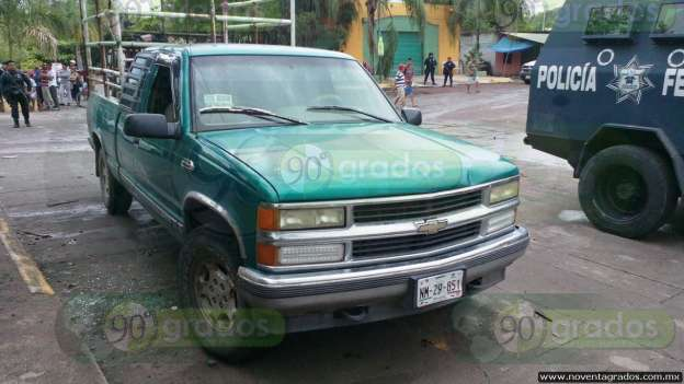 Consignan a cuatro por balacera en Parácuaro, Michoacán