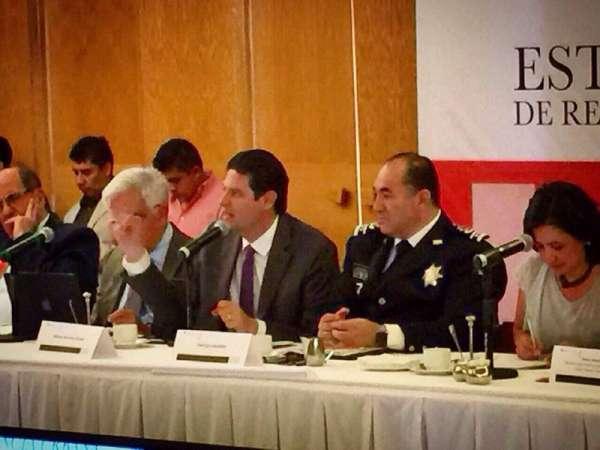 Alfonso Martínez, presente en foro de estrategias locales en materia de seguridad
