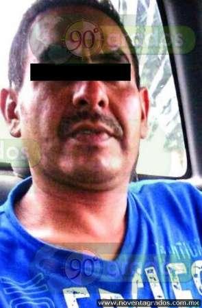 Detienen a hombre por presuntamente asesinar a su esposa, en Uruapan, Michoacán