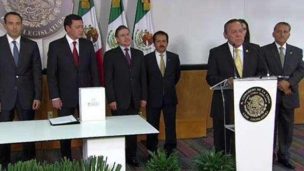 Entrega Osorio Chong Tercer Informe de Gobierno del Presidente