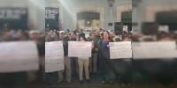SPUM-SUEUM se manifiestan frente al Congreso del Estado