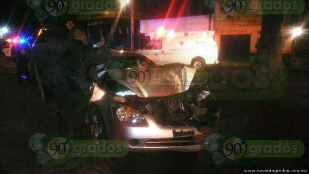 Choque entre vehículos deja tres lesionados, en Zacapu, Michoacán